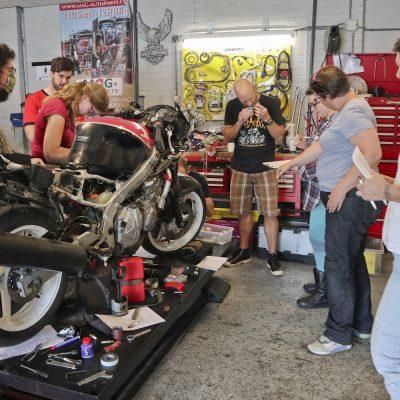 08-02 Workshop motorfiets onderhoud GERATEL1
